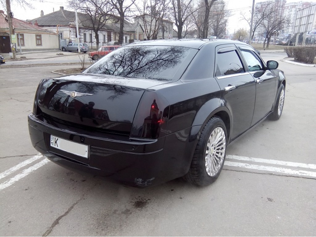 chrysler 300c  chisinau rent a car