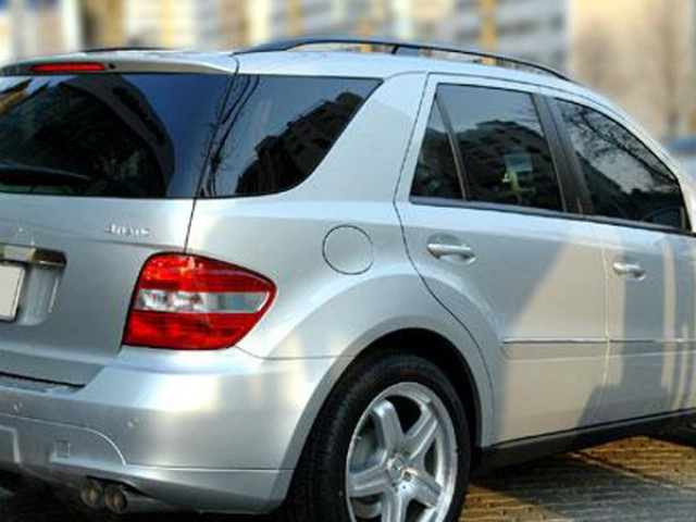 mercedes ml 350 3.5 petrol automatic 2006 car on hire
